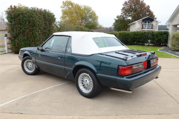 1990-Mustang-1.png